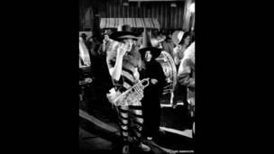रोलिंग स्टोन्स रॉक एंड रोल सर्कस के दौरान जॉन लेनन और योको ओनो