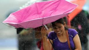 उसागी टायफ़ून, फ़िलीपींस, हॉन्गकॉन्ग, मनीला, तूफ़ान