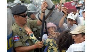 कंबोडिया, प्रदर्शन