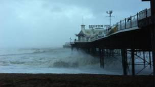 шторм в Британии