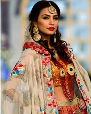 लाहौर फैशन शो