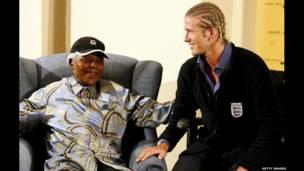 Nelson Mandela y David Beckham. Getty.