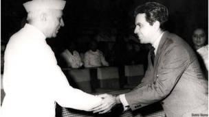जवाहरलाल नेहरू, दिलीप कुमार