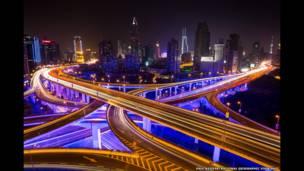 بزرگراه های شانگهای، عکس از پل ریفر