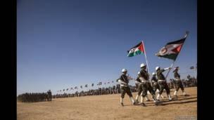 Soldados del Frente Polisario. Foto: Stephen Ferry