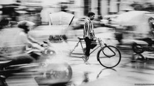 लखनऊ में रिक्शा चालक