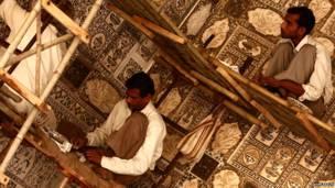 ताजमहल में मरम्मत