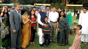 भारत के प्रधानमंत्री, मनमोहन सिंह, होली का त्योहार
