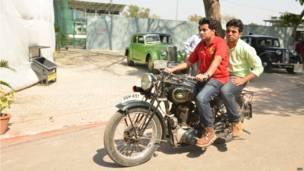 विंटेज कार और मोटरसाइकिल रैली, कानुपर