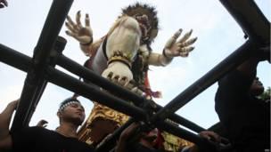 हिंदू नव वर्ष के मौके पर बाली में ओगोह-ओगोह परेड