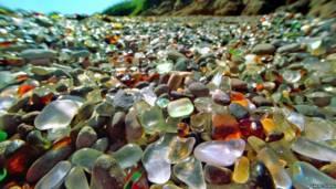 Piedritas en una playa
