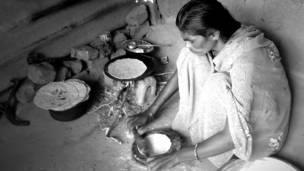 इंदिरा, विदर्भ की विधवा, क़तार का आख़िरी