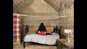 Ayşe Mohammed 25, Abu Dabi. B.A.E.