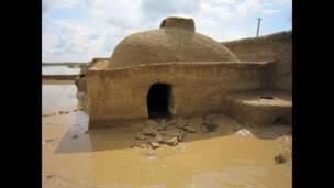 سیلاب سے متاثرہ گھر