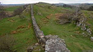 https://ichef-1.bbci.co.uk/news/ws/304/amz/worldservice/live/assets/images/2014/05/14/140514121540_scotland_hadrian_wall_large_624x351_gettyimages.jpg