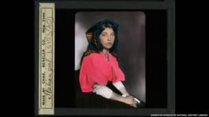 इतालवी महिला, एलिस आईलैंड