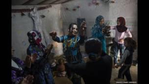 Refugiadas sírias no Líbano. Foto: Lynsey Addario/Acnur