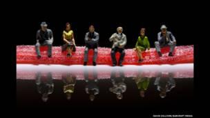 """Sitting on strawberry laces"", de David Gilliver/Barcroft Media"
