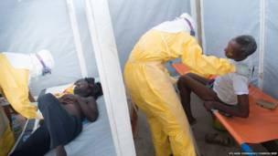 En la zona de tratamiento. Sylvain Cherkaoui/Cosmos/MSF