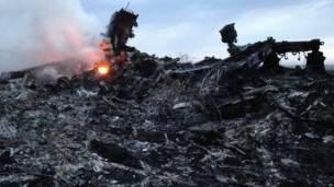 Restos del avión que se estrelló de Malaysian Airlines