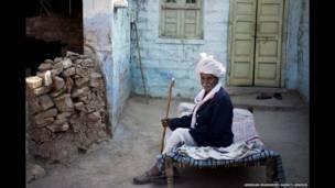 Tribo da Índia defende o meio ambiente há centenas de anos.