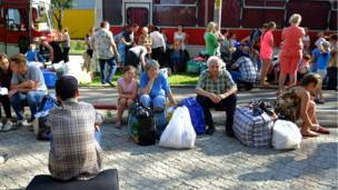 Жизнь под огнем: Луганск и Донецк