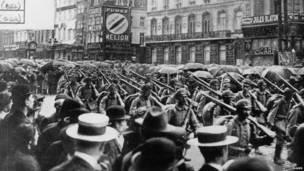 Tropas alemanas en Bruselas