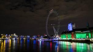 Фотогалерея: как в Британии погасли огни