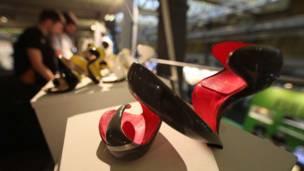 کفشهایی که توسط چاپگرهای سه بعدی تولید شده اند