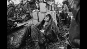 Раненый десантник