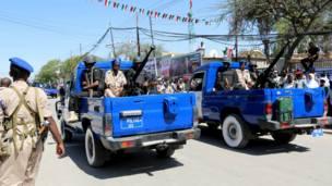 Qaybo ciidamada Somaliland oo maraya dhoolatuska