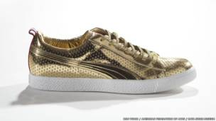 кроссовки PUMA x Undefeated, модель Clyde Gametime Gold 2012-го года