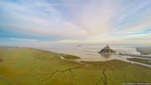 Снимок острова Мон-Сен-Мишель Джереми Элоя