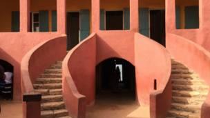Benen Turawa a Gidan Bayi na Tsibirin Gorée