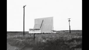ड्राइव इन मार्फा, टेक्सास, 1983