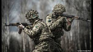 यू्क्रेन की सेना के साथ प्रशिक्षण