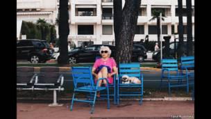 Дама с собачкой в Канне