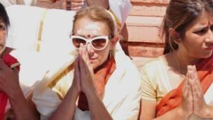 उज्जैन के कुंभ मेले में विदेशी श्रद्धालु