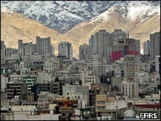 تصویر ساختمان هاب بلندمرتبه شمال تهران