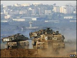 تانکهای اسرائیلی در مرز غزه