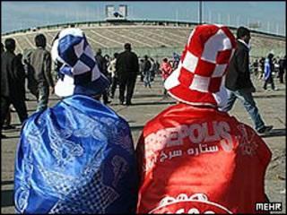 هواداران استقلال و پرسپولیس - عکس آرشیوی