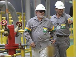 Presidente Luiz Inácio Lula da Silva visitando Petrobras