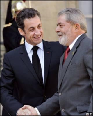 Lula e Sarkozy em Paris