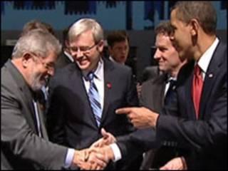 O presidente dos EUA, Barack Obama, faz elogios a Lula