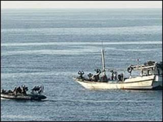 Piratas capturados por patrulha