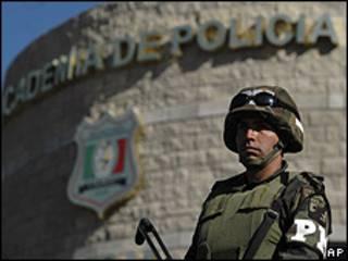 Soldado mexicano em Ciudad Juárez