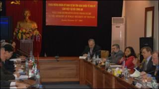 Một buổi gặp của đoàn UB TD tôn giáo Quốc tế Hoa Kỳ với Bộ Công an Việt Nam