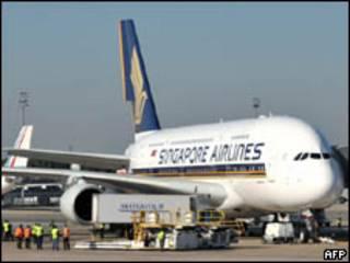 O A380 é o maior avião comercial do mundo (AFP, 2/6)