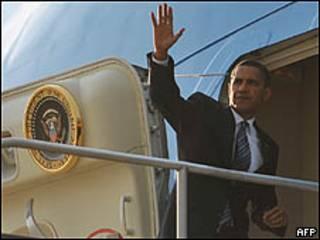 O presidente dos Estados Unidos, Barack Obama, embarca para viagem ao Oriente Médio nesta terça-feira (AFP)