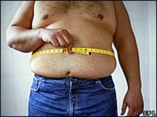 Homem com excesso de peso